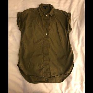 J. Crew Short Sleeve Shirt in Size 4